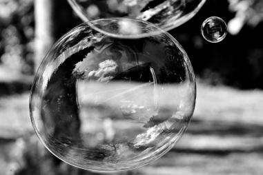 soap-bubble-2802477