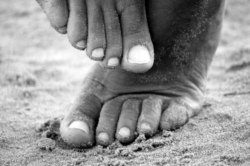 feet-195061