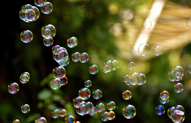 soap-bubbles-2882599