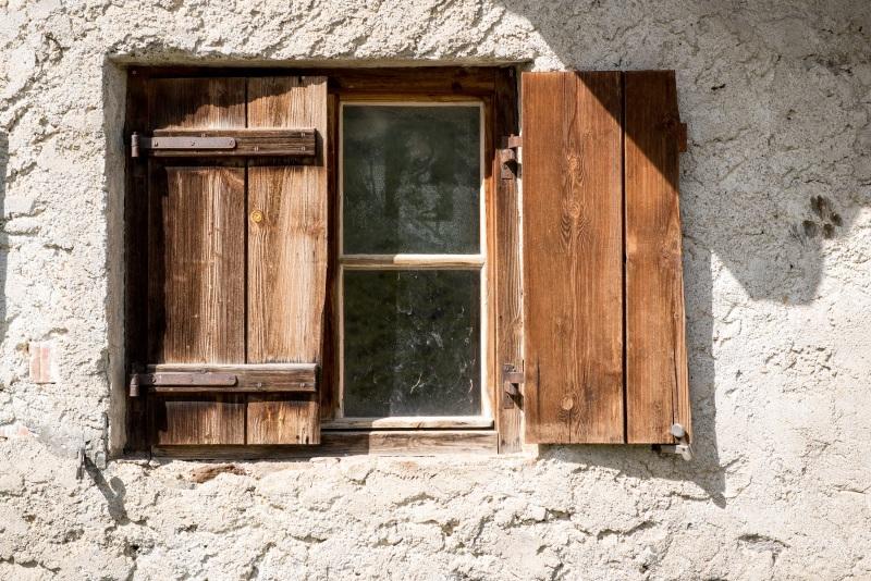 window-1644844